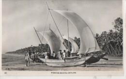 .FISHING BOATS - Sri Lanka (Ceylon)
