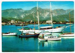 M804 Marina Di Carrara - Il Porto - Barche Boat Bateaux Yacht / Viaggiata 1970 - Carrara