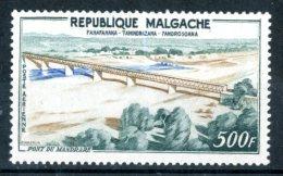 """MADAGASCAR / MALGACHE 1960** - Ponte """"Presidente Tsiranana"""" -  1 Val. MNH  Come Da Scansione - Ponti"""