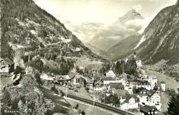 UR Uri. Wassen. Le Village De Wassen Et La Voie De Chemin De Fer. - UR Uri