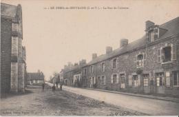 LE  THEIL  De  BRETAGNE  ( I. Et V. )  -  La  Route  De  Coësmes  -  ( Enseigne  A.  MEREL  Cordonnier à Droite ) - Otros Municipios