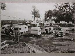 Ford Consul, Opel Kapitän, Rekord A Caravan, Kadett A Coupé, Citroen DS, Caravane, Camping Communal, Spontin - Voitures De Tourisme