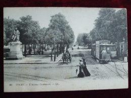 FROM - 37 - TOURS -  L'AVENUE GRAMMONT (GROS PLAN TRAMWAY Déjà....) - Tours