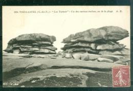 N° 330  6 Tregastel - LeS TORTUES - Un Des Curieux Rochers , Vu De La Plage Dad116 - Trégastel