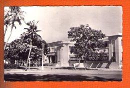 1 Cpa  COTONOU - Postes Et Télécommunication - Dahomey