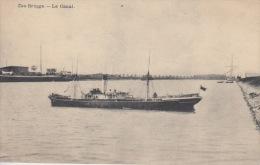 Zeebrugge     Le Canal    Boot Schip        Scan 5545 - Zeebrugge
