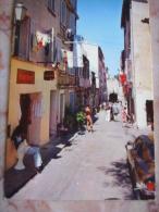 Saint Tropez, La Rue Des Remparts - Saint-Tropez