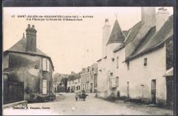 SAINT - JULIEN - DE - VOUVANTES . Route De Châteaubriant . - Saint Julien De Vouvantes