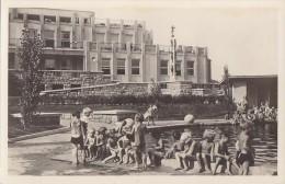 Autriche - Vienne - Kindergarten Der Stadt Wien Sandleiten - Enfants Piscine - Vienne