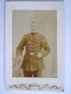 Photo Foto Militair Met Nestels Avec Fouagère Op Carton Sur Carton Formaat 10,5 X 16,4 CM - War, Military