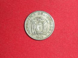10 Centavos / Equateur De 1946 En TTB.+ - Equateur