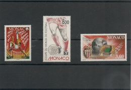 MONACO  Années 1994/97/2000 Sport   Foot N° Y/T : 1940-2126-2294 * * - Collections, Lots & Series