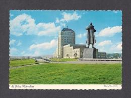 TERRE-NEUVE & LABRADOR - NEWFOUNDLAND - ST JOHN'S CONFEDERATION BUILDING AND STATUE OF  PORTUGUESE EXPLORER GASPER REAL - St. John's