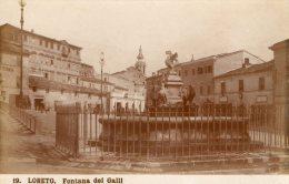 [DC7440] LORETO (ANCONA) - FONTANA DEI GALLI - Old Postcard - Altre Città