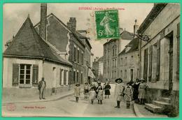 Aube - Estissac   - Rue Gambetta  -  Animée - Troyes
