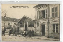 N 7024  SAINT CYR SUR MORIN  PLACE BUREAU DE TABAC  MAISON COIGNET  PERSONNAGES GROS PLAN - Otros Municipios