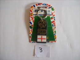 PORTE - CLEFS - FOOTBALL EURO  Uefa  96 England Neuf Dans Sont Blister D´origine - Voir Photo (3) - Sleutelhangers