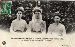 """Angerville L'orcher Très Rare Et TGP""""rosière Et Ses Demoiselles D'honneur""""  TBE - Autres Communes"""