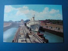 == Panama Kanal  SS Kungholm 1961 - Panama