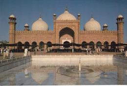 "Pakistan--Lahore--The Badshahi --"""" Mosque"""" - Pakistán"