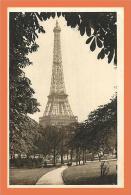 75 - PARIS - Tour Eiffel Jardins Du Trocadero // CPA - Eiffeltoren