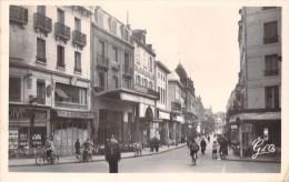 03 VICHY RUE GEORGES CLEMENCEAU - Vichy