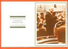 """Photo Sur Depliant  """"  Le General De Gaulle Et Madame Voyage Bretagne 1968 """" Photo Chapel Colombey Les 2 Eglises - Célébrités"""
