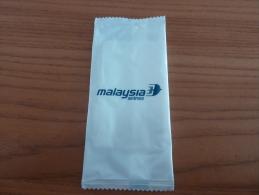 Serviette Papier «malaysia Airlines» (compagnie Aérienne) Sous Blister - Serviettes Publicitaires