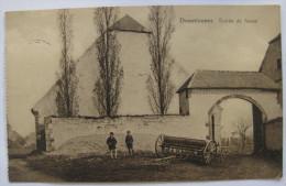 Donstiennes - Entrée De Ferme, Animée (enfants), Matériel Agricole, Charrue - Circulée En 1939 - Beaumont