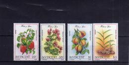 ST. VINCENT 1985 FLORA Flowers, Herbs And Spices FIORI ERBE E SPEZIE FLEURS COMPLETE SET MNH - St.Vincent (1979-...)