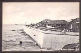 PA4) Panama City - Sea Wall And Bay - Panama