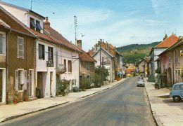 MOUCHARD - La Rue De Strasbourg  - ( Vieilles Voitures ) - Ohne Zuordnung