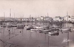 Aj -  Cpsm Petit Format CHERBOURG - L'Avant Port Et Les Quais - Cherbourg