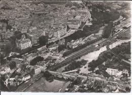 Cpsm, Pau (Basses-Pyr.), Vue Aérienne, Le Pont Sur Le Gave, Le Château, Le Boulevard Des Pyrénées Vers Le Casino - Pau