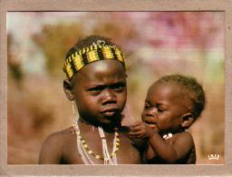 AFRIQUE EN COULEURS - CPM - 8579 - TYPE D'ENFANT AFRICAIN - éditeur IRIS - Postcards