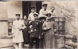 Carte Postale Photo Militaire Allemand LAZARETT-HÔPITAL-Uniforme-Décoration- VOIR 2 SCANS - - Hanau