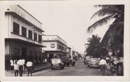 ACCRA (Ghana-Afrique) Rue Avec Garage Plaque Bibendum Michelin-AUTO-VOITURE-Cam Ion- - Ghana - Gold Coast