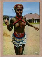 AFRIQUE EN COULEURS - CPM - 5013 - PETITE DANSEUSE - SEINS NUS - éditeur IRIS - Postcards