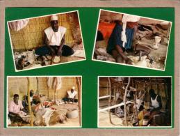 NIGER - CPM - NIAMEY - 4017 - LES ARTISANS - éditeur HOA-QUI - Niger