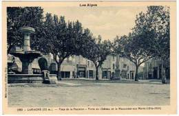 Laragne, Place De La Fontaine, Porte Du Château Et Le Monument Aux Morts (asi-12810) - Autres Communes