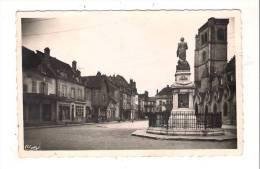 AUXONNE ( Côte-d'Or ) Place D' Armes - Auxonne