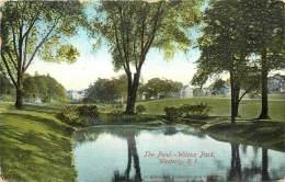Réf : PO-13-096 : The Pond Wilcox Park Wersterly R. I - Etats-Unis