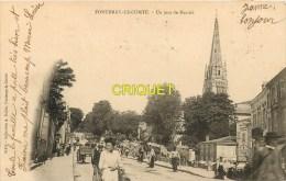 85 Fontenay Le Comte, Cp Pionnière, Un Jour De Marché, N° 5, Affranchie 1903 - Fontenay Le Comte
