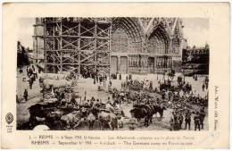 Reims, Les Allemands Campent Sur La Place Du Parvis (guerre 1914, Ww1) (asi-12814) - Reims