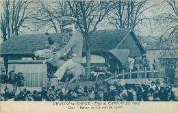 71-79  CPA  CHALON SUR SAONE  Fêtes De Carnaval 1925 Char Retour Du Circuit De Lyon  Animation  Belle Carte - Chalon Sur Saone