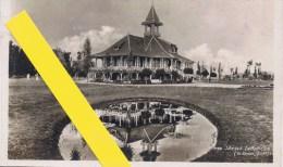 03 VICHY Le Golf Club Levy Et Neurdein N° 232 Paris 1933 RARE SIMON Architecte - Vichy