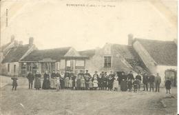 ECROSNES  ( Eure Et Loir ) -  LA PLACE -  1904 - France