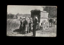 MILITARIA  - CROIX ROUGE - Guerre 14-18 - Véhicule Sanitaire Hippomobile - Croix-Rouge