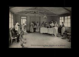 MILITARIA  - CROIX ROUGE - Société De Secours Aux Blessés Militaires - PARIS - Salle De Pansements - Infirmière - Croix-Rouge