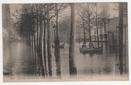 @ CPA INONDATIONS DE PARIS, CRUE DE LA SEINE, BOULEVARD DIDEROT, PARIS 75 - Inondations De 1910